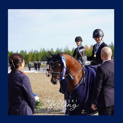 Onnen hetkiä. ❤️ Ponien Suomenmestariksi ratsasti tänään Roosa Salo ponilla Sir Maximus Welshwarrior, onneksi olkoon voi...
